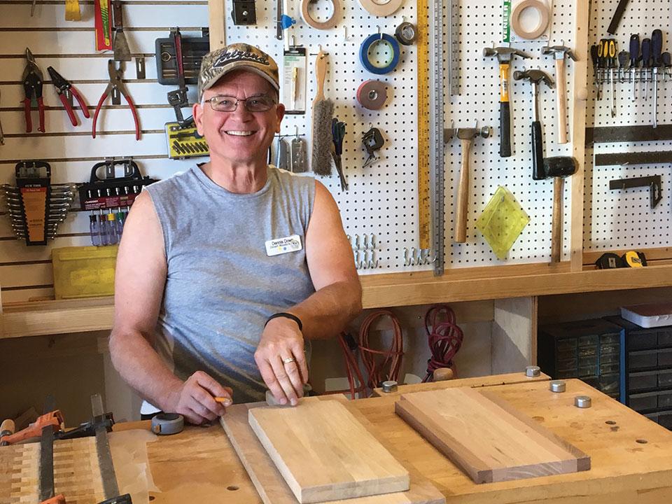 Dennis' ukulele bread board