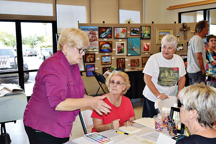 Doreen Beers and Nancy Friedman teaches Christmas cards 101.