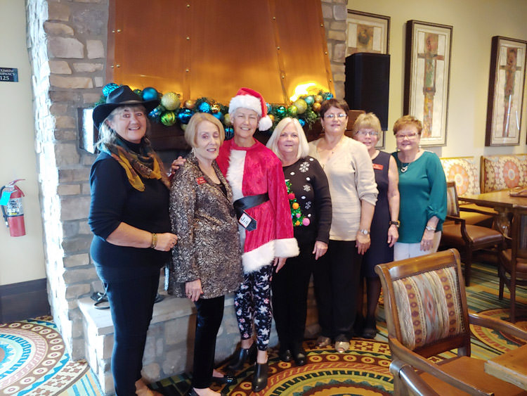 Laura Schaible, Ruby Herman, Jill Lui, Debbie Maxwell, Alicia Mooney, Izzy Ocheltree, Ann White. (Not pictured: Renee Kleinjan and Denise Stuart)
