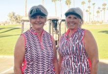 Regina Bellach (right) and Mary Nielsen, winners of Flight 1.