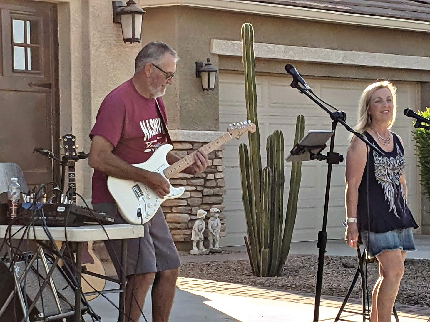 Sierra Sound musicians Ken Muhlbeier and Kim Gibbs