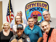 Robson Ranch homeowners with the Citizens Police Academy leader Sgt. Calvina Singleton. Second row (left to right): Donna Wickard, Michelle Peters, Eddie Peters, and Scott Wickard; Back row: Don Helmstetter, Jim Teak, and Bill Wisnewski